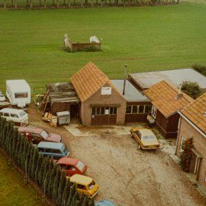 1970:Christ en Maria Holl starten hun bedrijf in Olland